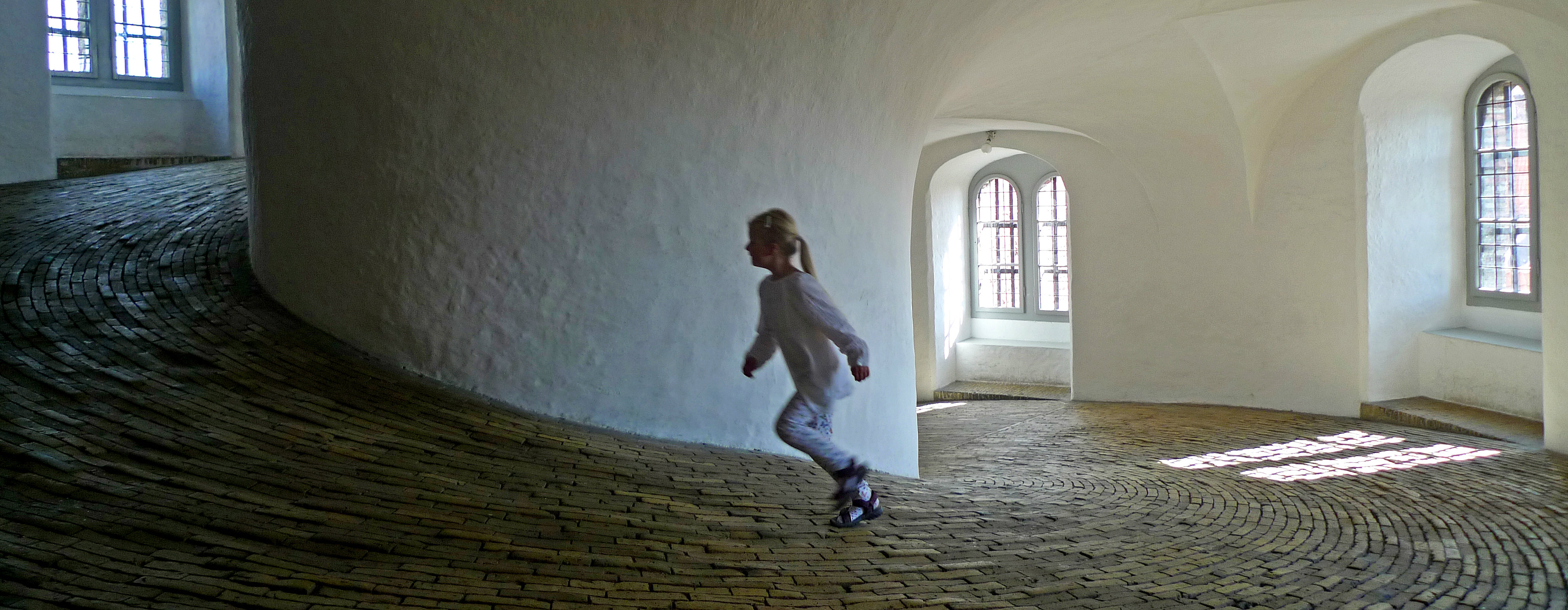 girl running - by an untrained eye [flickr] - cc-by-nc